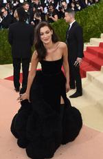 "Bella Hadid attends the ""Manus x Machina: Fashion In An Age Of Technology"" Costume Institute Gala at Metropolitan Museum of Art on May 2, 2016 in New York City. Picture: AFP"