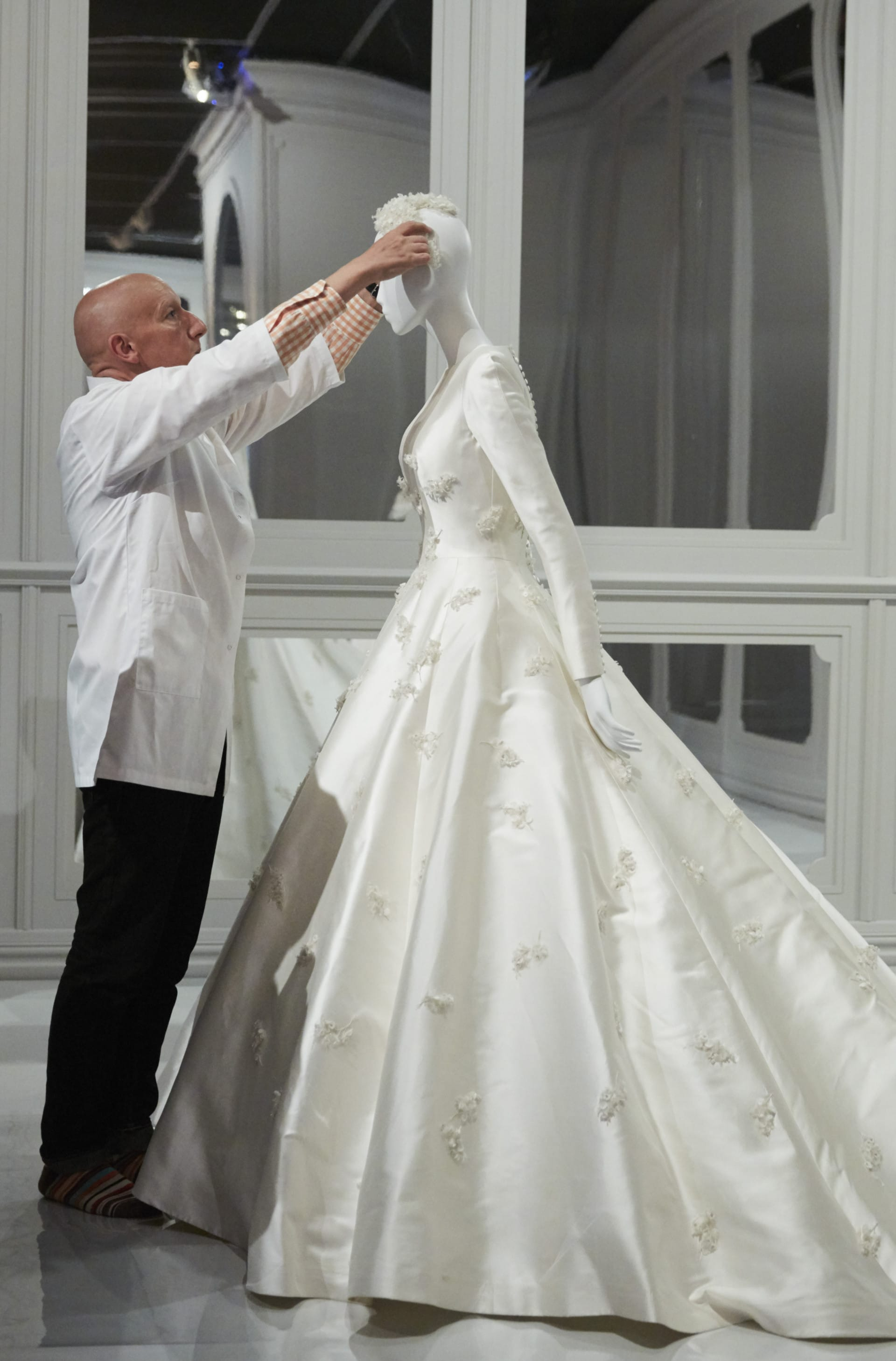 Miranda Kerrs Dior Wedding Dress Just Landed At The