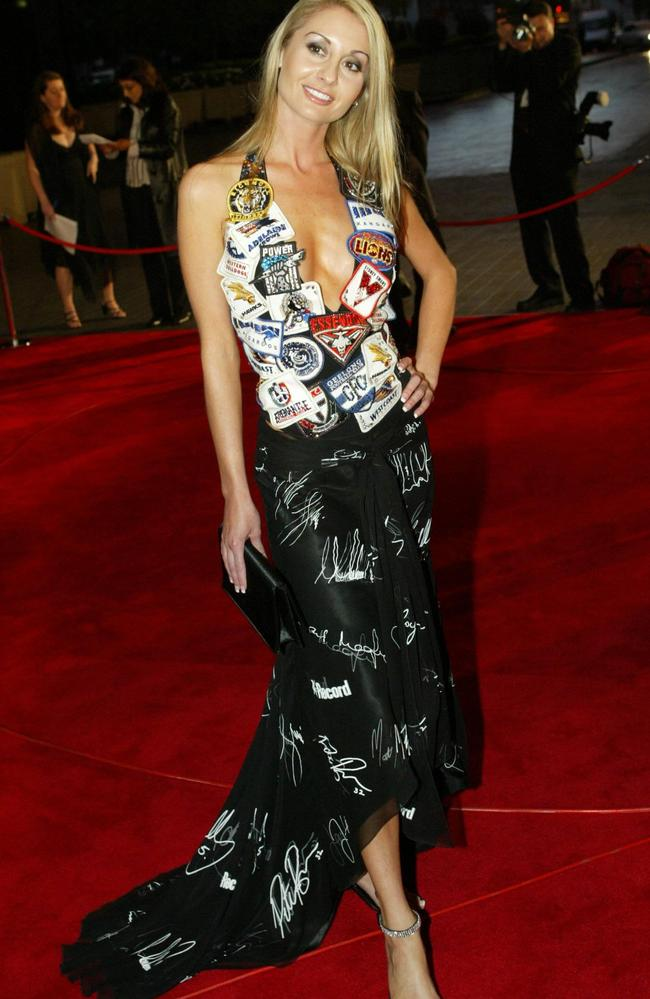 Fiona Mills dress featured the club logo and signature of all the 2003 captains.