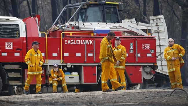Donations can be made to the firefighters in both NSW and Victoria. Picture: David Caird