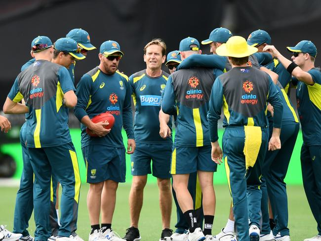 Australian Mens ODI player Aaron Finch (centre) during a training session at the SCG. Picture: AAP