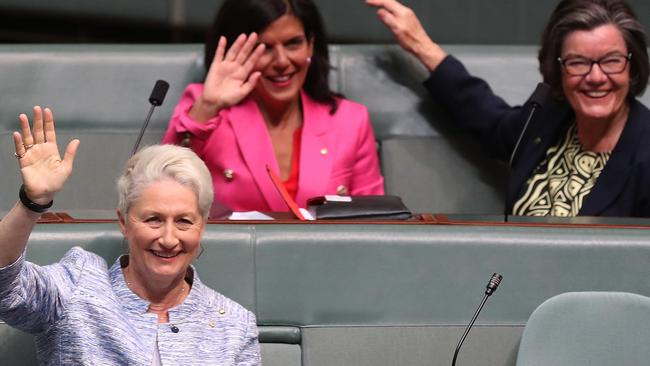 Some happy crossbenchers. Picture: Kym Smith