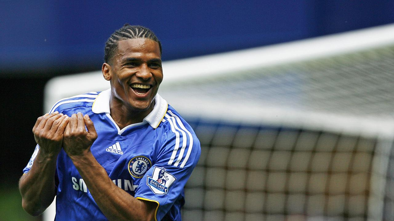 Chelsea's French midfielder Florent Malouda celebrates a Premier League goal in 2009.