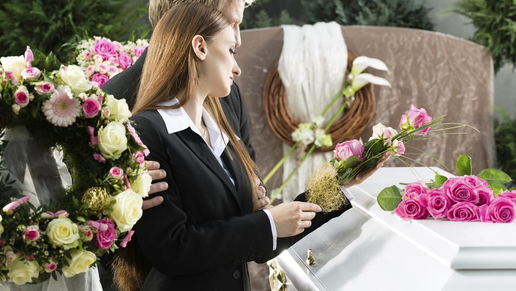 how to work at a funeral home