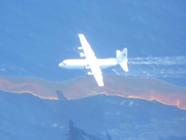 An A C-130 Hercules applied dispersant to the oil from West Atlas rig in 2009.