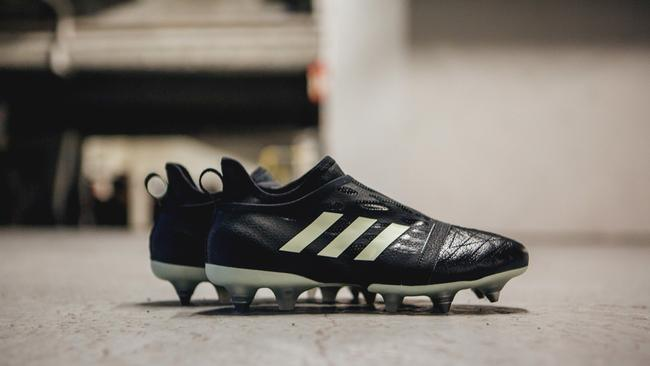 Adidas' new glow in the dark GLITCH nocturnal boots Source: Adidas