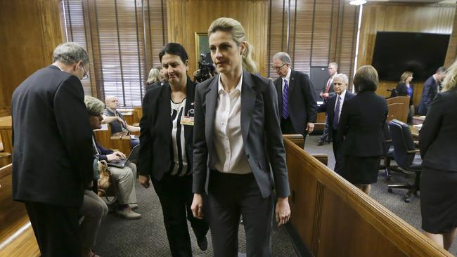 Court Awards Erin Andrews 55 Million In Damages Over Nude -6560