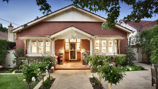 The Browns sold 59 Leura Grove in Hawthorn East in 2015.