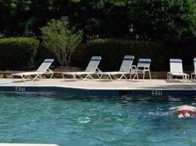 Want to go for a swim? Picture: terriblerealestateagentphotos.com
