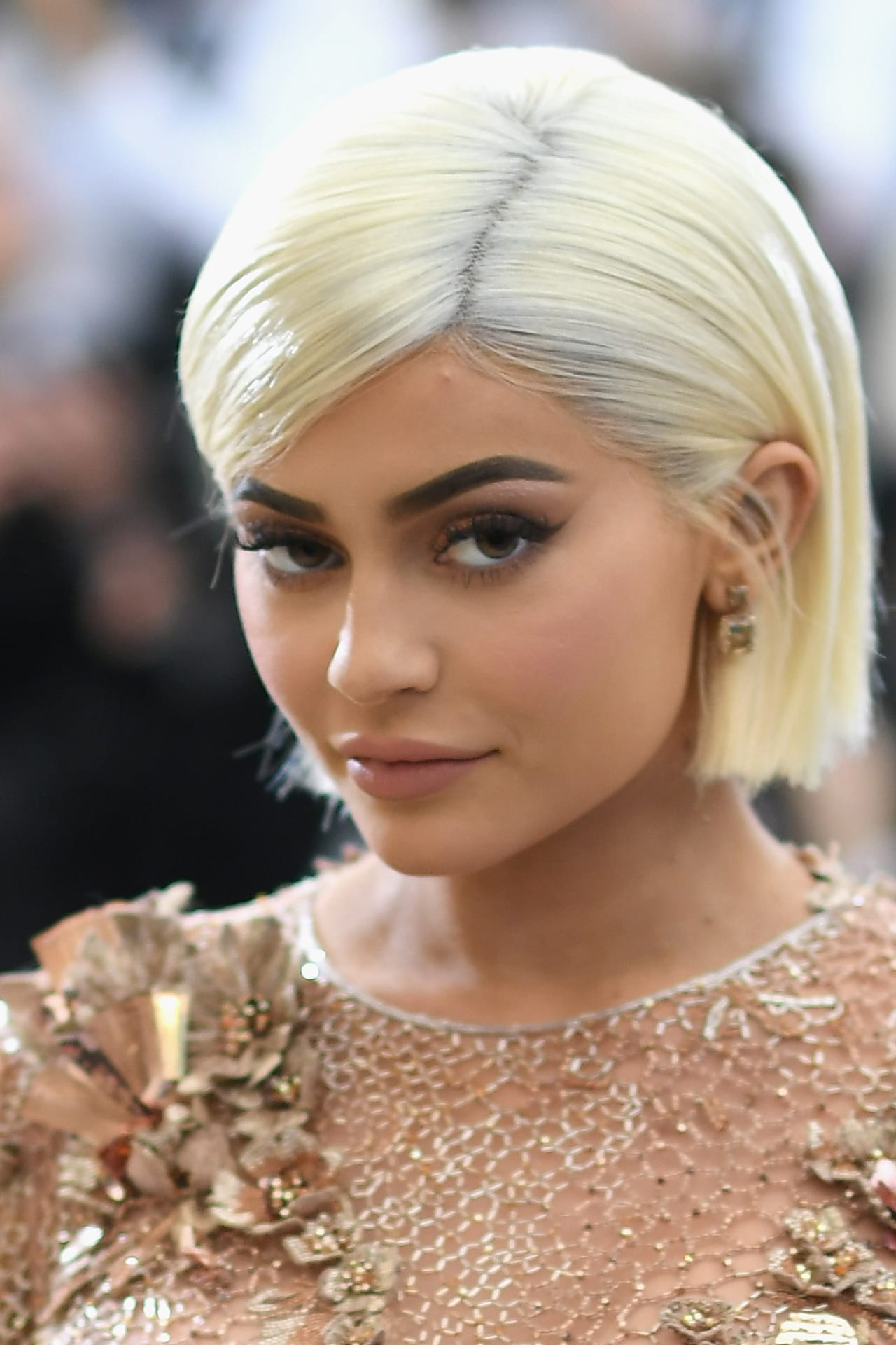 Kylie Jenner is officially back to being Kylie Jenner