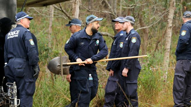 Police search for forensic evidence relating to the disappearance of William Tyrell. Picture: Nathan Edwards