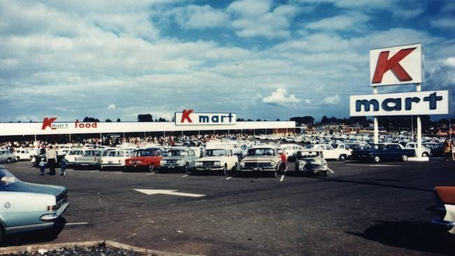 chock a block car park on a busy day - What Time Does Kmart Close On Christmas Eve