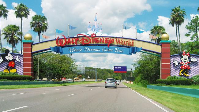 The couple claim their room at Disney World was horrifying.