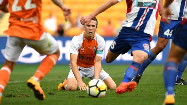 Brisbane's weaknesses were exposed by the Jets. (AAP Image/Dan Peled)