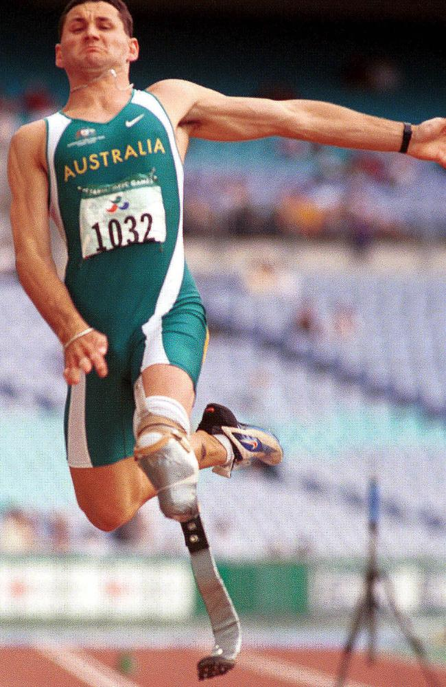 "Don Elgin, who won his first Paralympic medal at the Sydney Games in 2000, says his friend Pistorius is one of his ""top five people"" of all time."