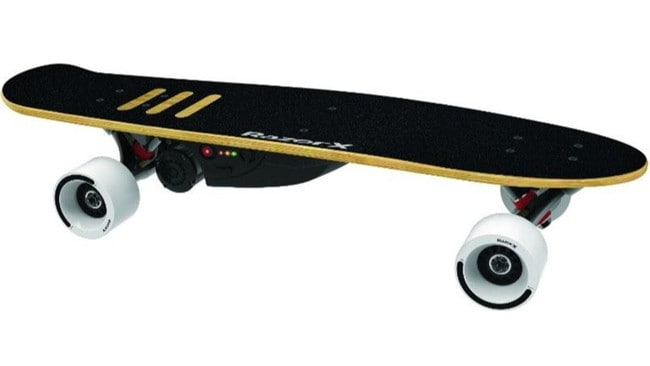 Put fun on cruise with the lithium-ion-powered electric skateboard made to zoom