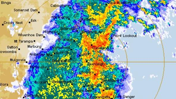 A large storm brings a heavy deluge of rain across southeast Queensland. Photo: BOM